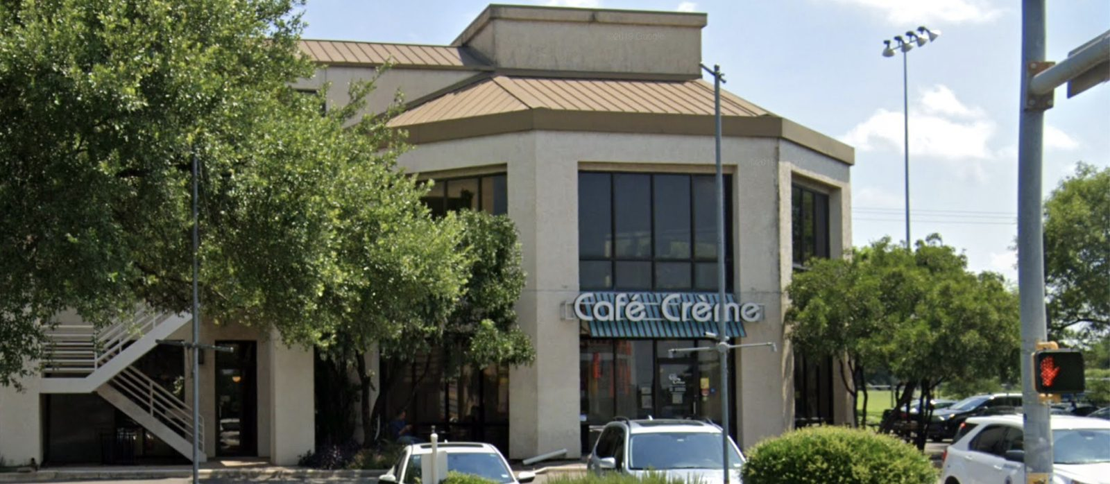 front of cafe creme