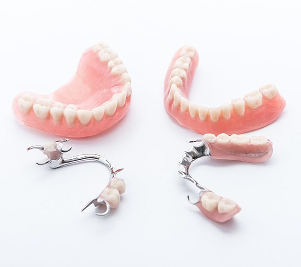 dentures-and-partial-dentures-header